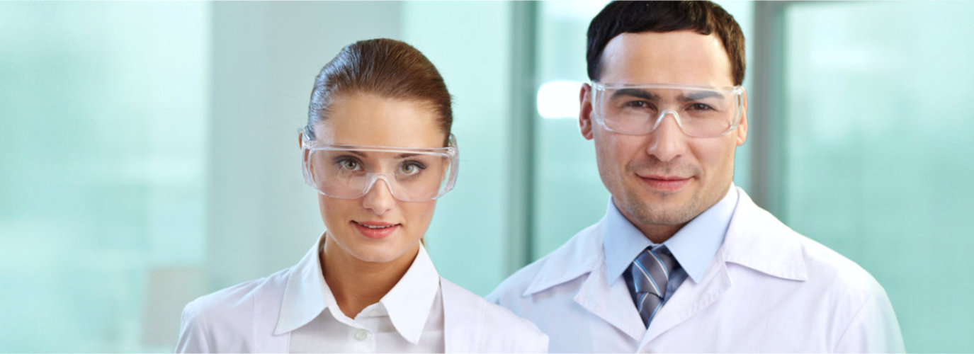 medical staffs with goggles smiling